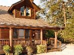 Lucky Logs 283 luxury log townhouse in Pigeon Forge close to Dollywood