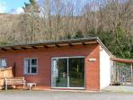 SALMON COTTAGE, all ground floor, near to river, fishing available in Llanwrthwl Ref 22183