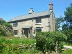 THE COTTAGE, cosy pet-friendly cottage with woodburner, WiFi and country views near Glossop Ref 15706