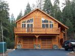 Beautiful Tahoe Donner Home Sleeps 16!