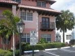 Beautiful 2 Bedroom Condo One Block From Beach