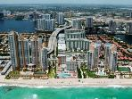 Ocean View 1 Bedroom in  Sunny Isles! Free Parking