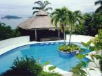 COME TO THIS TROPICAL PARADISE WITH SIX BEDROOMS, TWO POLES,ARTIFICIAL CASCADE AND ENORMOUS SOCIAL AREA.