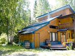 Golden Rockies Lodge, Your summer holiday home!