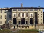 Uffizi gallery, less than 5 minutes from the apartment