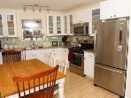 Above and Beyond, full kitchen, WiFi, Dishwasher