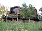Spacious, Pet-Friendly Home - Rustic Furnishings & Finishes (1390)