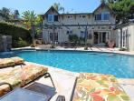 Pool & View  Gt Location!