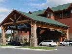 Wyndham Great Smokies Lodge - water park resort!