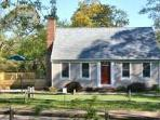 Brewster 3 Bedroom, 2 Bath less than .50 mile to Ellis Landing!