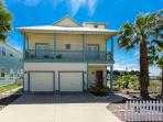 4BR/2.5BA Unique Haven on the Bay with Game Room and Pool Access!
