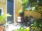 Graceful accomodation with garden in Tropea center
