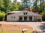 20 Bayberry Rd, Middlesex