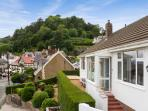 TRAM STATION COTTAGE, sea views, close to town, three bathrooms in Llandudno Ref 904470