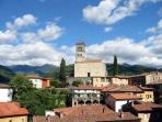 Classic Tuscan villa in beautiful town of Barga, staffed property with private garden and terrace