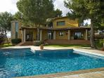 VILLA IN SAN MARCAL, NEAR PALMA CITY. R. 00012