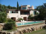 Cote D'Azur vacation villa with beautiful grounds