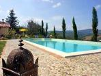 Holiday house for 10 persons, with swimming pool , in Terni
