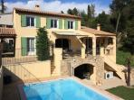 3371 Quality Cote d'Azur villa with heated pool