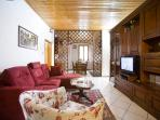 2 bedroom apartment with available wi-fi in historic centre of Florence