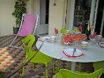 1200 Dia White Glass Outdoor Table With 4 Chairs