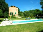 Detached villa with private pool near Siena
