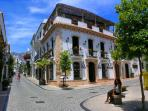 Sightseeing & shopping in nearby Marbella old town