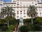 Sunny flat in Riviera Palace close to Cote d'Azur seafront