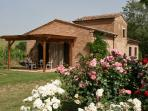 2 bedroom, 2 bathroom Tuscan cottage with amazing views and outdoor pool, ideal for families