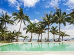 Best High-end luxury apartment direct on the beach