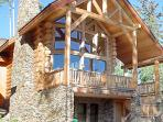 The Hall of the Mountain King - Private hot tub and balcony - Wild Cat Lair