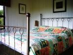 Main bedroom, queen bed, Merlin's Cottage