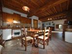 Fully equipped kitchen. Try our Chef Mariarosa for a dinner or a cooking lessons!