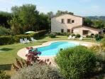 2 bedroom flat in traditional Tuscan villa just outside Florence, perfect for exploring both the city and the countryside, shared pool, sleeps 4