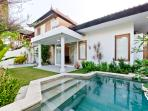 Villa Bella with  tropical garden and splashpool
