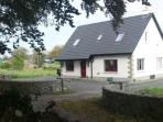 Kinvara Village Holiday Cottage with free WiFi