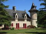 b&b  with swiming pool near loire valley