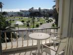 Estoril Beachfront Studio Apartment with a Balcony