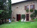 Double room in charming Tuscan holiday cottage