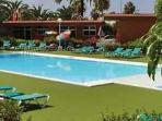 Attractive apartment for 5 persons, with swimming pool , near the beach in Playa del Ingles
