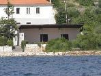 Apartment for 3 persons near the beach in Dugi Otok