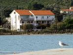 Apartment for 6 persons near the beach in Pasman
