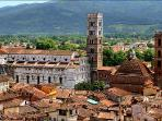 The City of Lucca (30 minutes)