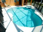 Private South Facing Pool & Jacuzzi Spa