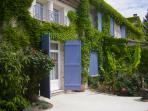Traditional Provencal Maisonette (with A/C!)