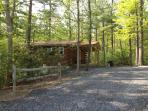 Raystown Lake Country Log Cabin (Red Roof Cabin)