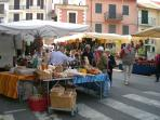 S.Casciano monday morning market