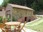 Adorable Tuscan hayloft apartment in the peaceful hills of Chianti Classico, 1 bedroom, includes private pool and garden