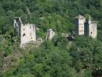 Within a 2 min drive or a short walk, one can discover the hidden ruins of 'Les Tours des Merle