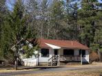 Walnut Cottage - A cozy 3 bed 2 bath cottage within Meadow Lane. Large porch and back deck with fantastic access to facilities